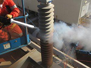 Dry ice blasting on metal